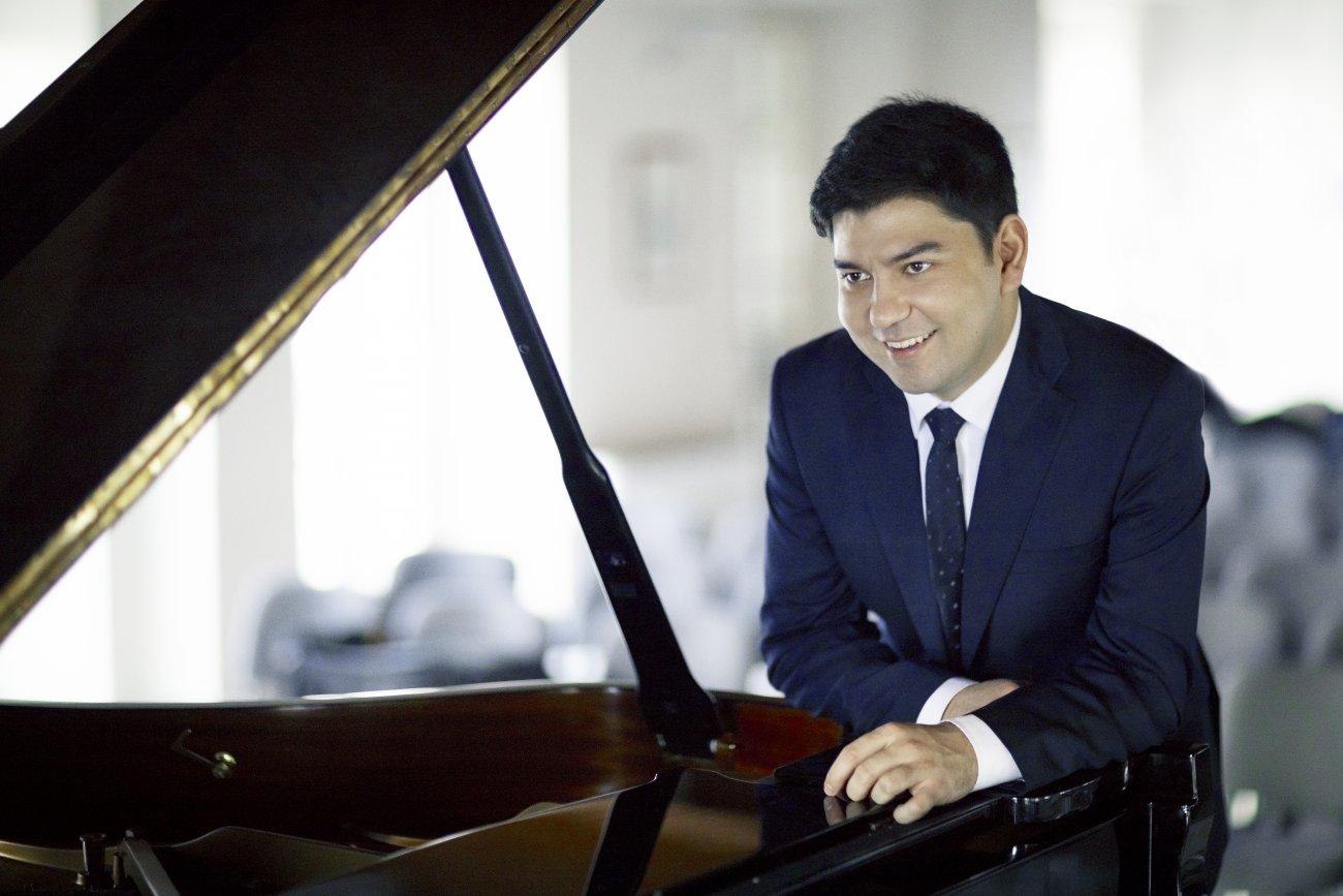 Behzod Abduraimov | HarrisonParrott