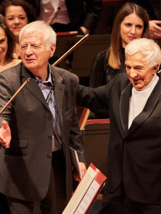 Vladimir Ashkenazy at Jasper Parrott celebrating 50 years together c. Kaupo Kikkas